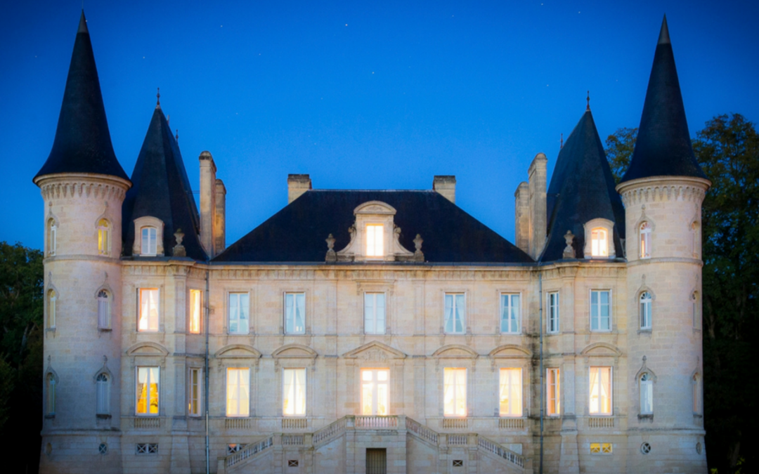AXA Millésimes awards a scholarship to five Master of Wine students